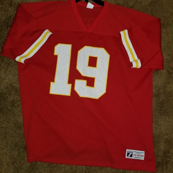 finest selection fd326 69e22 Vintage Joe Montana Kansas City Chiefs jersey.